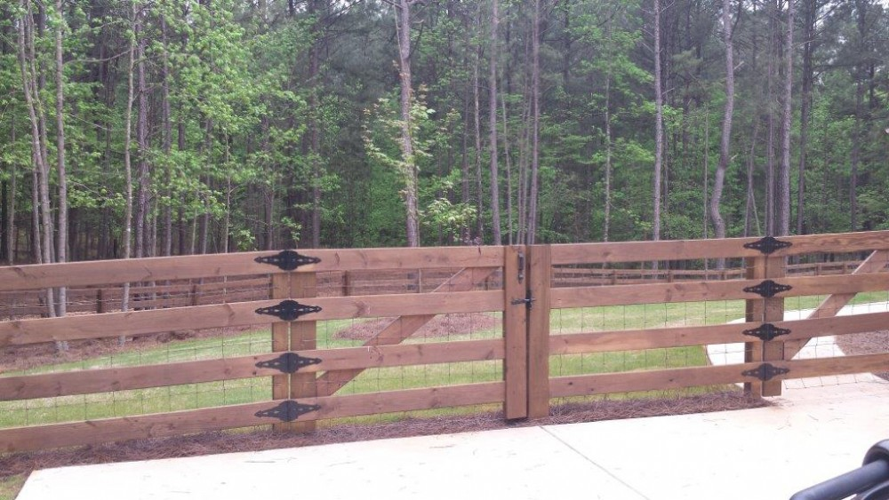 4 Rail Wood With Wire Stained Sable Brown 2 - McIntyre Fencing