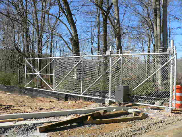 Commercial Fences Automated Entry Gates Mcintyre Fencing