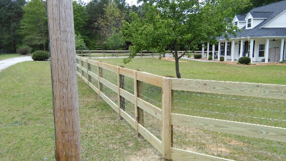Stephens- 3 Rail with wire 2 - McIntyre Fencing